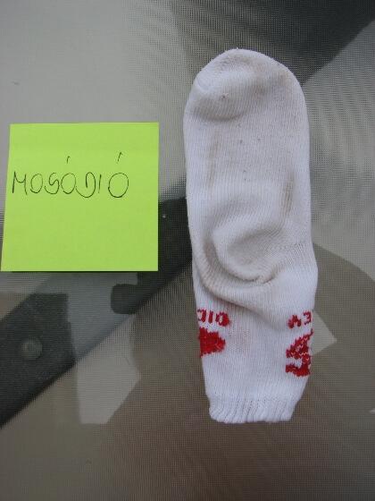 Koszeltávolítás - folyékony mosódió mosás, közepesen koszos zokni