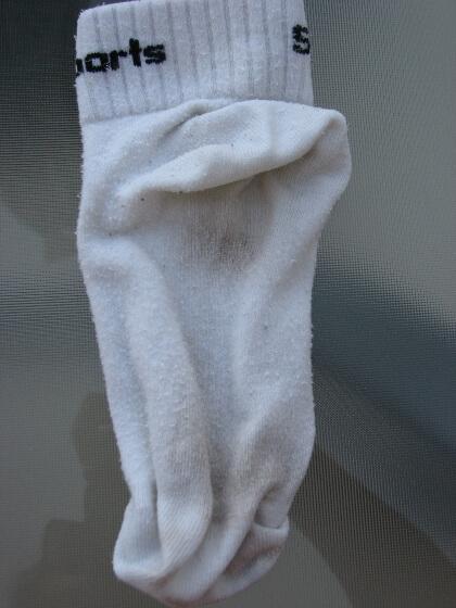 Koszeltávolítás - mosógolyó mosás, erősen koszos zokni